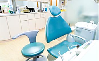 歯を抜かない矯正治療を目指す